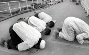 نماز برائیوں سے روکتی ہے.